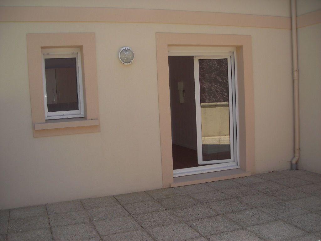 Appartement à louer 1 22m2 à Esbly vignette-7