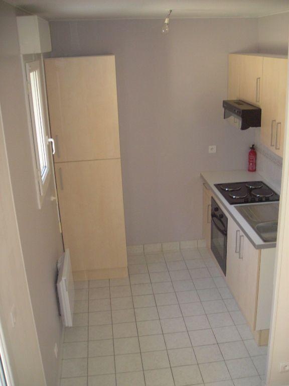 Appartement à louer 1 22m2 à Esbly vignette-8