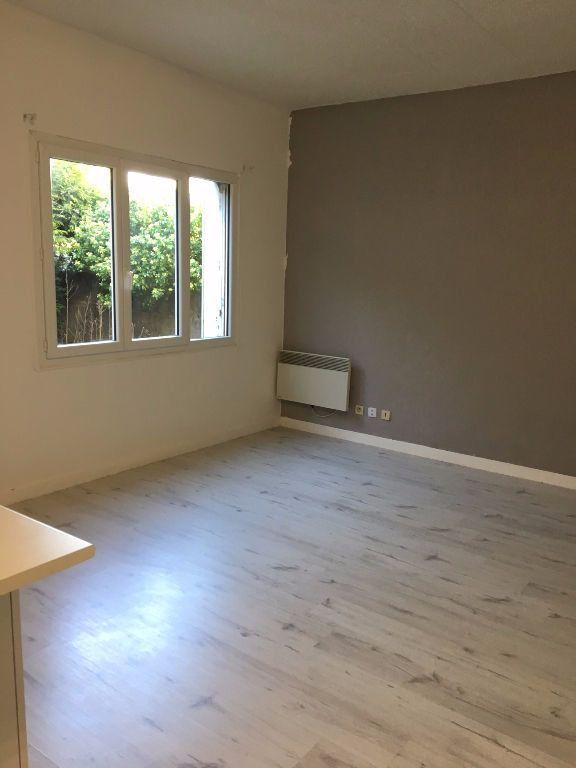 Appartement à louer 1 21.38m2 à Lagny-sur-Marne vignette-2