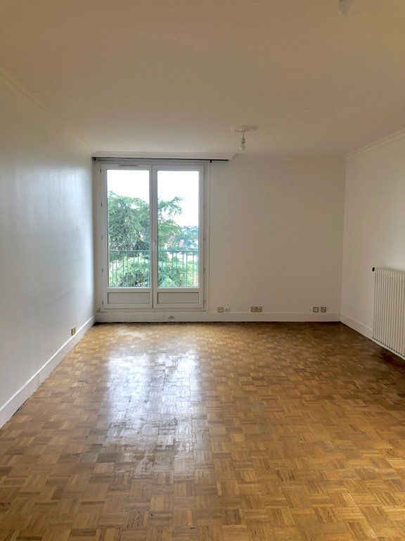 Appartement à louer 4 78m2 à Thorigny-sur-Marne vignette-1