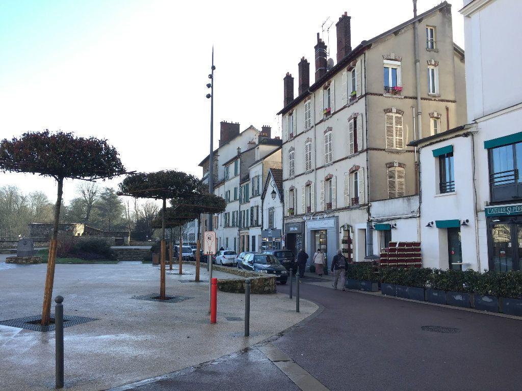 Appartement à louer 2 31.57m2 à Lagny-sur-Marne vignette-1