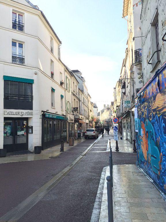 Appartement à louer 2 31.57m2 à Lagny-sur-Marne vignette-4