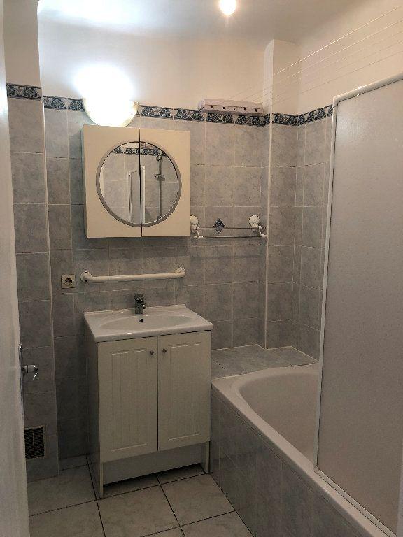 Appartement à louer 2 59m2 à Gournay-sur-Marne vignette-4