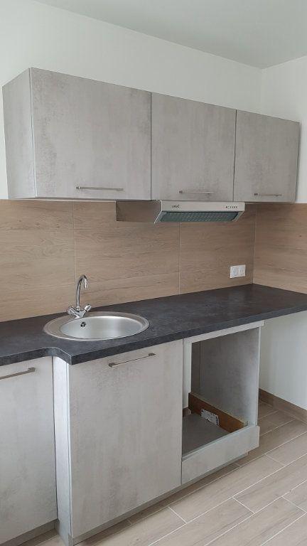 Appartement à louer 3 57.07m2 à Lagny-sur-Marne vignette-5