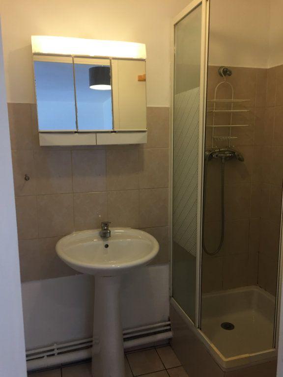 Appartement à louer 1 24.72m2 à Lagny-sur-Marne vignette-5