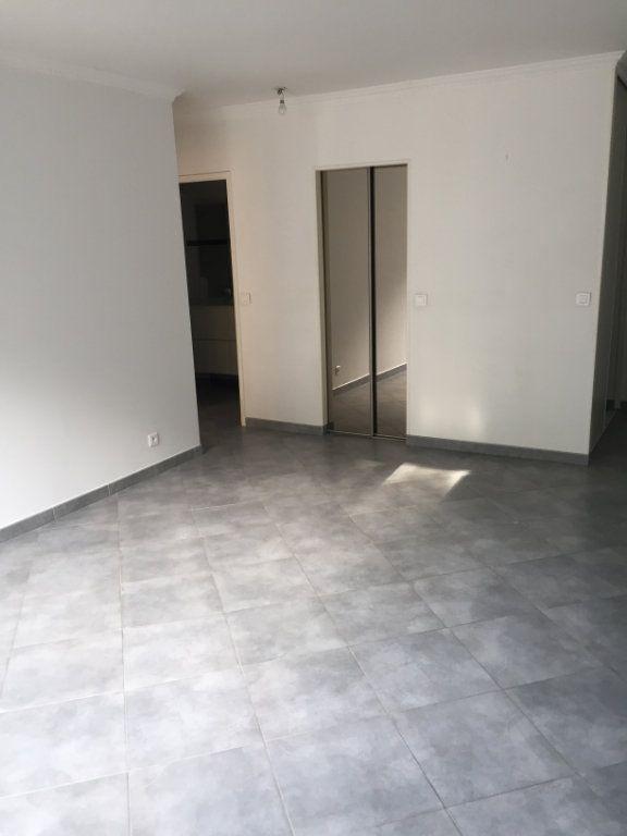 Appartement à louer 2 48.76m2 à Brou-sur-Chantereine vignette-2