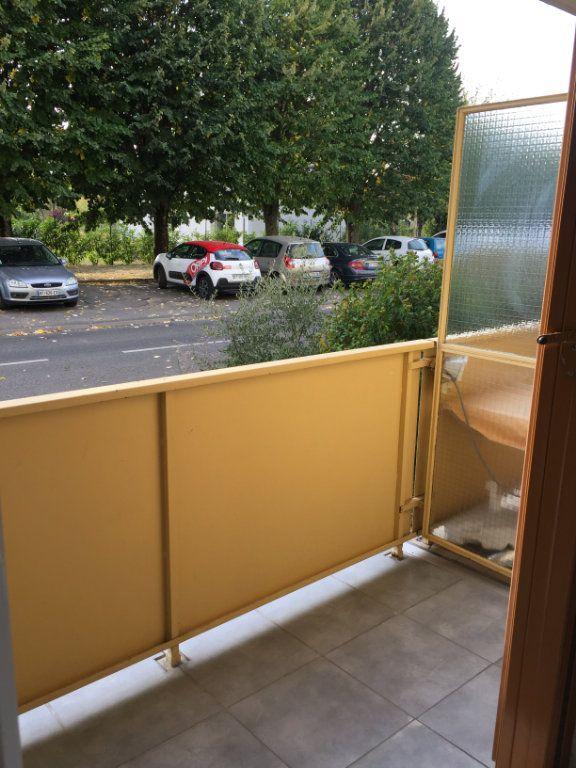 Appartement à louer 2 48.76m2 à Brou-sur-Chantereine vignette-3