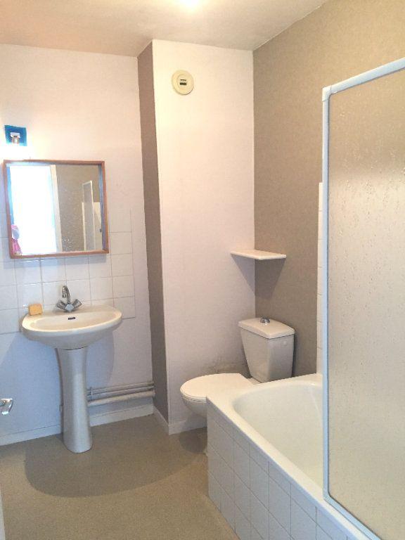 Appartement à louer 2 45.89m2 à Montévrain vignette-4