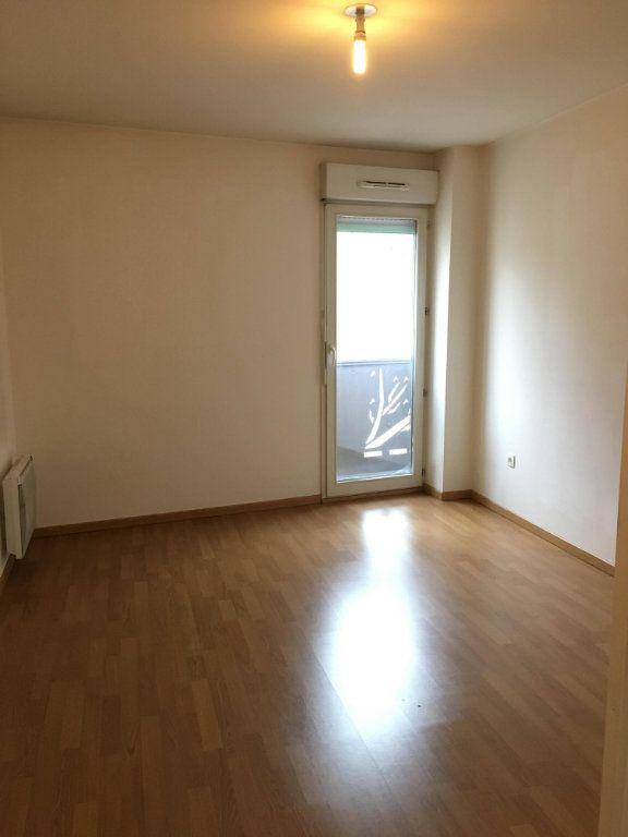 Appartement à louer 3 62.4m2 à Champs-sur-Marne vignette-4