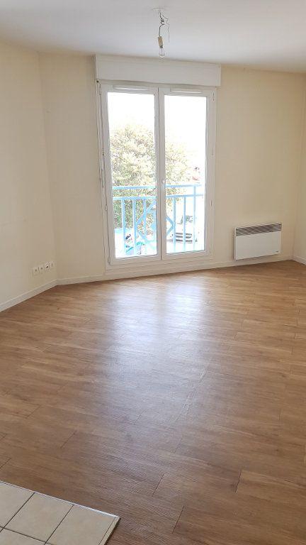 Appartement à louer 1 24.91m2 à Esbly vignette-1