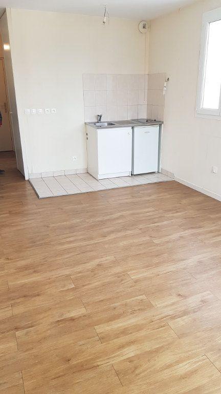 Appartement à louer 1 24.91m2 à Esbly vignette-2