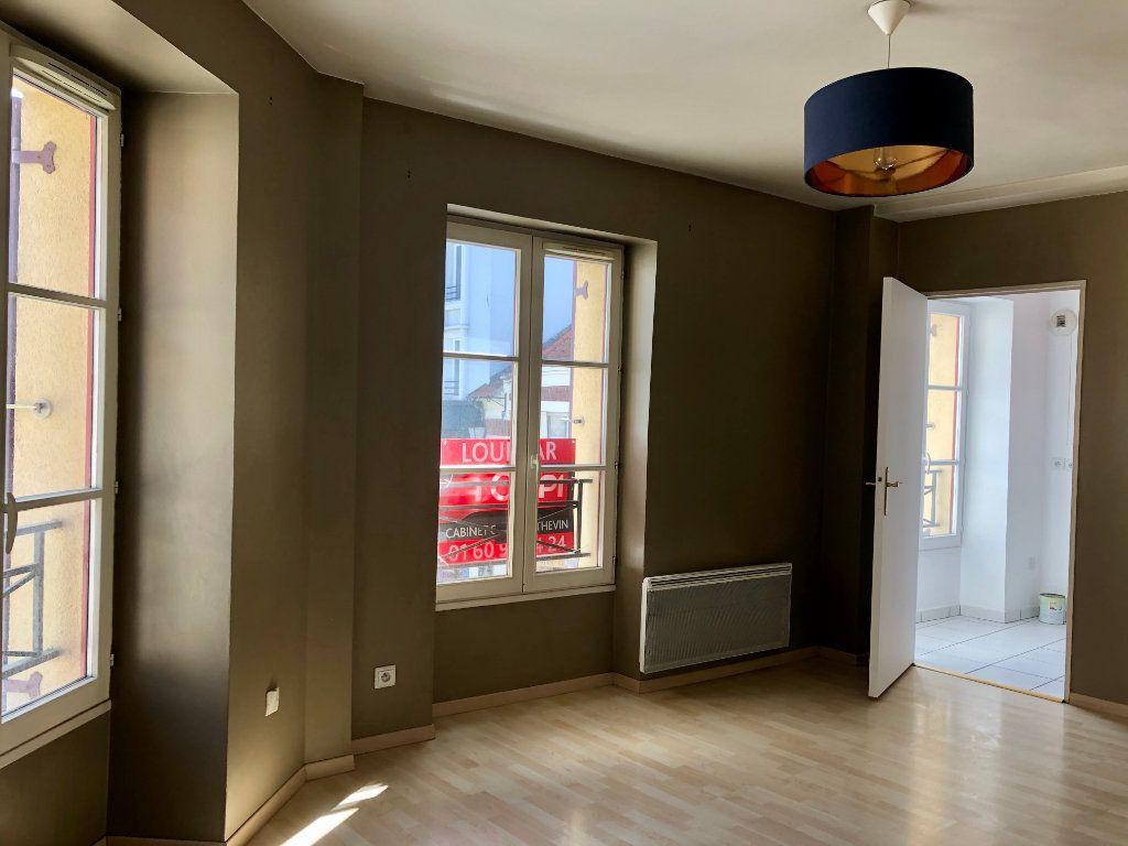 Appartement à louer 2 38.68m2 à Lagny-sur-Marne vignette-1