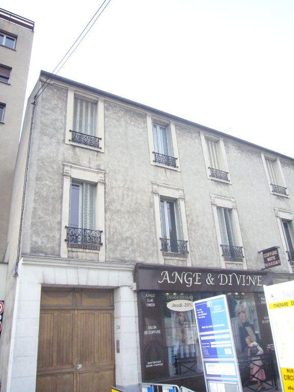 Appartement à louer 2 32.76m2 à Gagny vignette-1