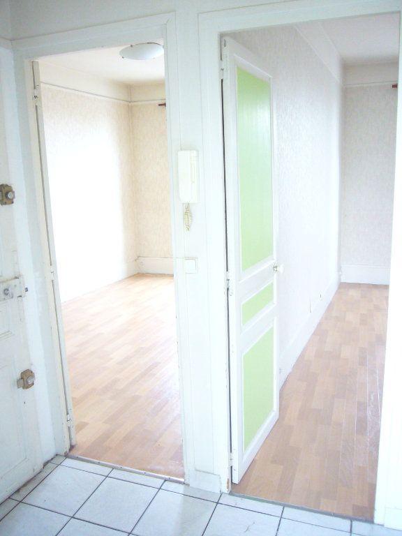 Appartement à louer 2 32.76m2 à Gagny vignette-2