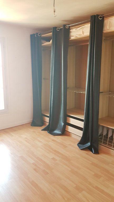 Appartement à louer 3 55.35m2 à Chelles vignette-4