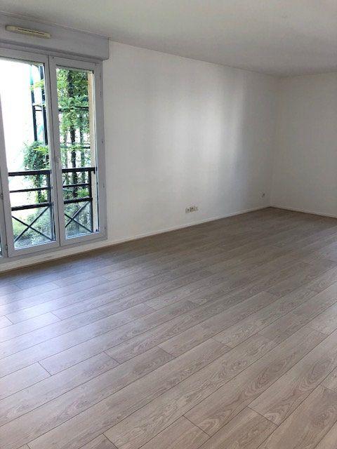 Appartement à louer 3 67m2 à Lagny-sur-Marne vignette-2
