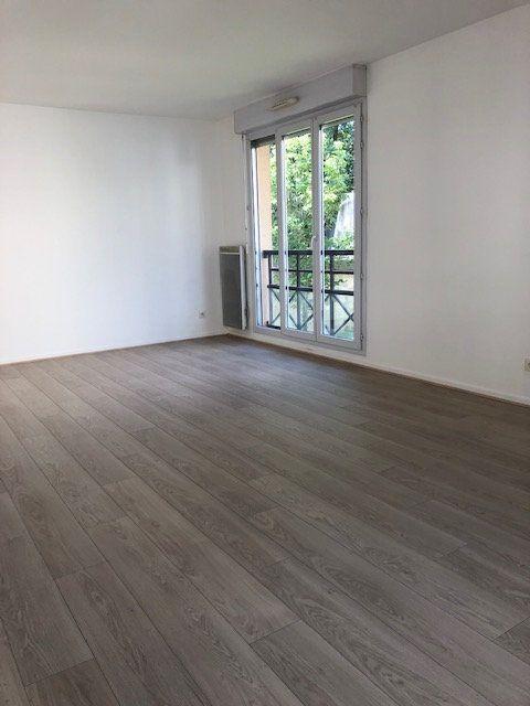 Appartement à louer 3 67m2 à Lagny-sur-Marne vignette-3