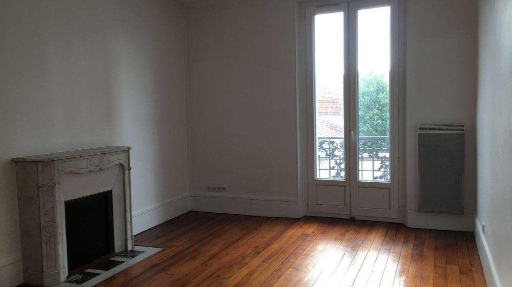 Appartement à louer 3 66.48m2 à Champigny-sur-Marne vignette-4