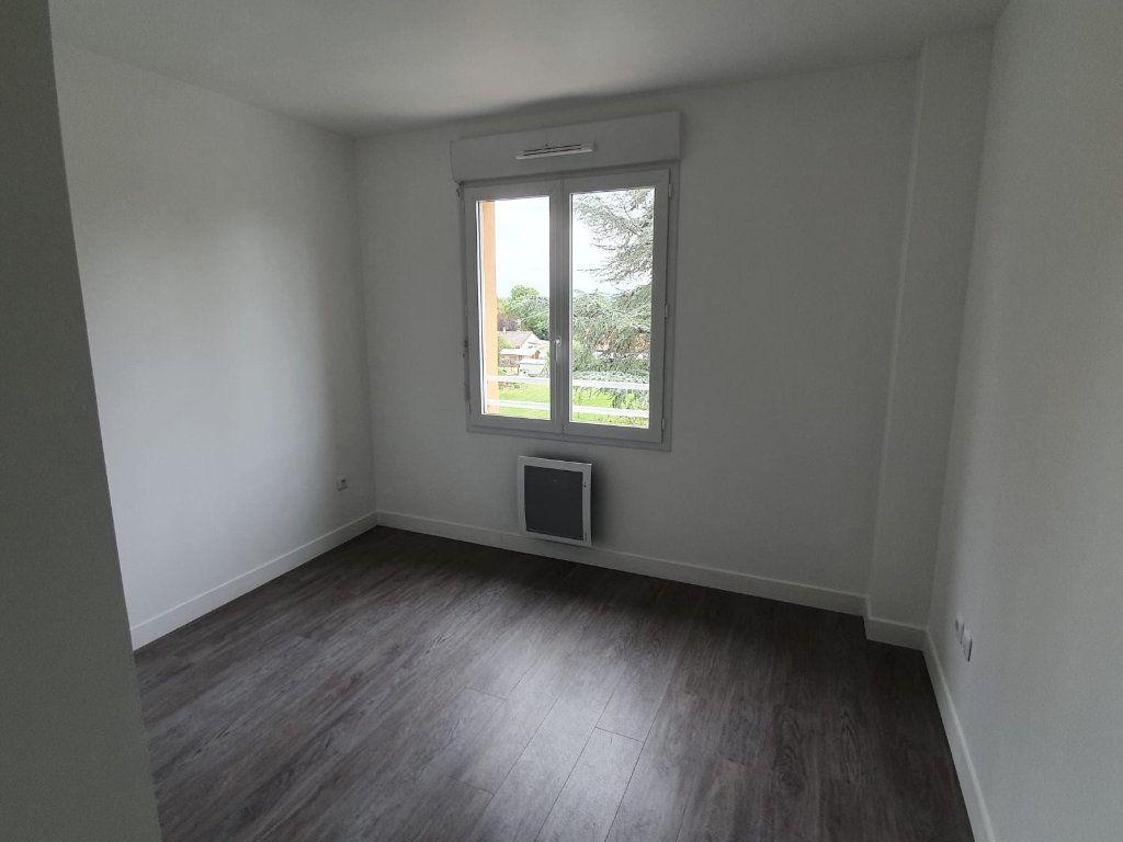 Maison à louer 4 91.55m2 à Saint-Thibault-des-Vignes vignette-4