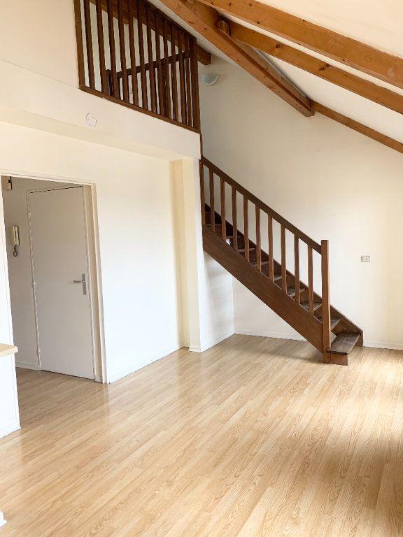 Appartement à louer 2 35.03m2 à Lagny-sur-Marne vignette-3
