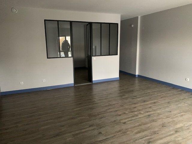 Appartement à louer 1 46.58m2 à Montévrain vignette-3