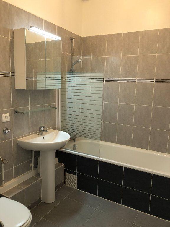 Appartement à louer 3 51.13m2 à Torcy vignette-8