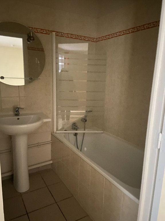 Appartement à louer 1 23.58m2 à Lagny-sur-Marne vignette-5