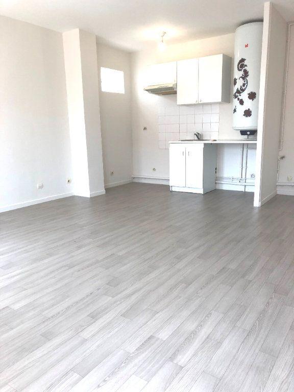 Appartement à louer 2 44m2 à Montévrain vignette-1