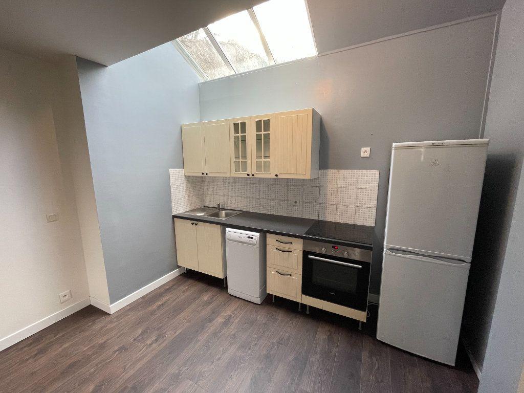 Appartement à louer 2 54.7m2 à Lagny-sur-Marne vignette-5