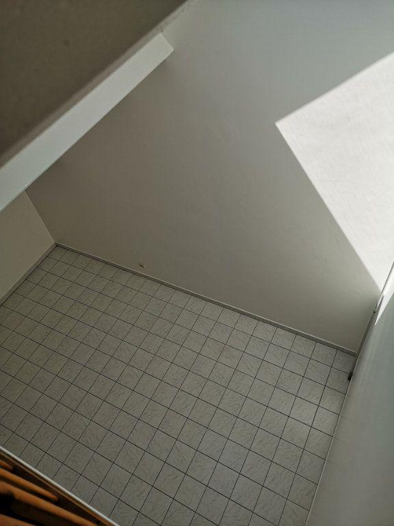 Appartement à louer 3 48.58m2 à Lagny-sur-Marne vignette-5
