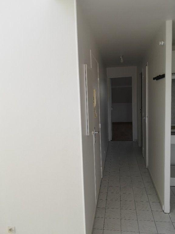 Appartement à louer 3 48.58m2 à Lagny-sur-Marne vignette-11