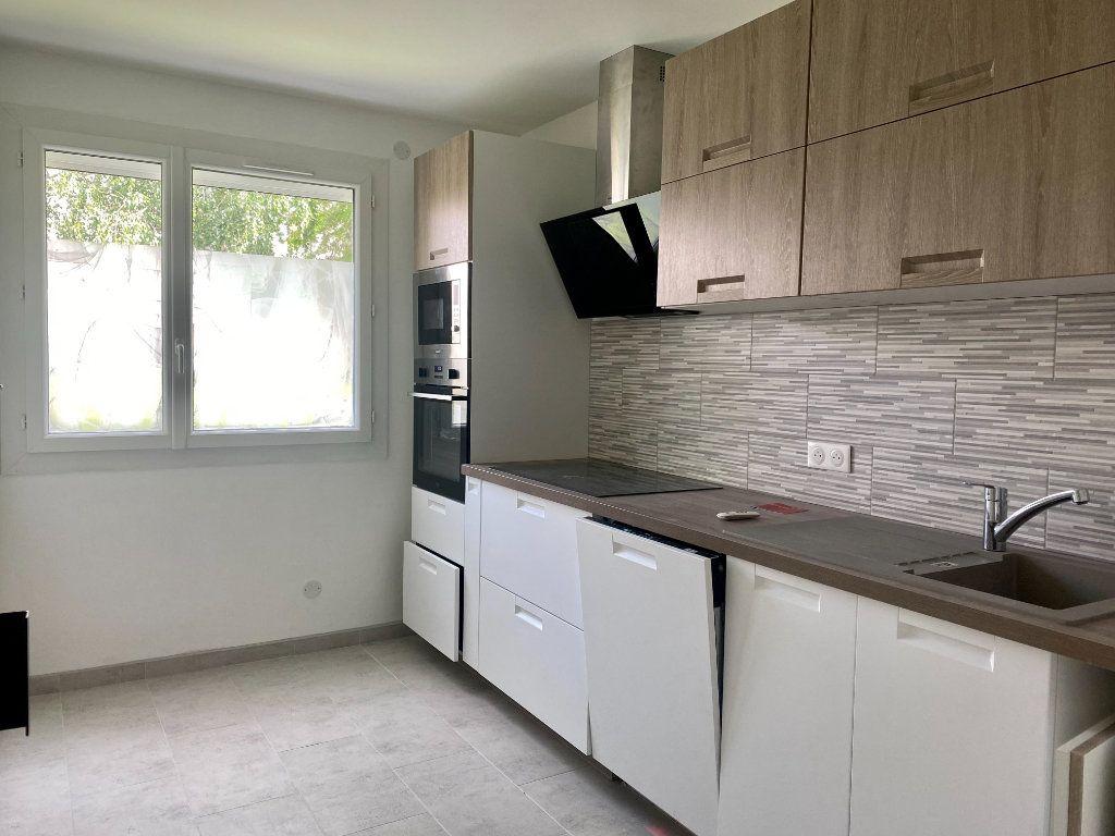Appartement à louer 3 66m2 à Lagny-sur-Marne vignette-4