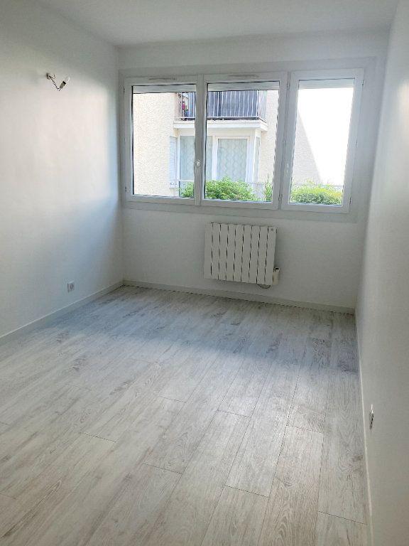 Appartement à louer 3 66m2 à Lagny-sur-Marne vignette-7