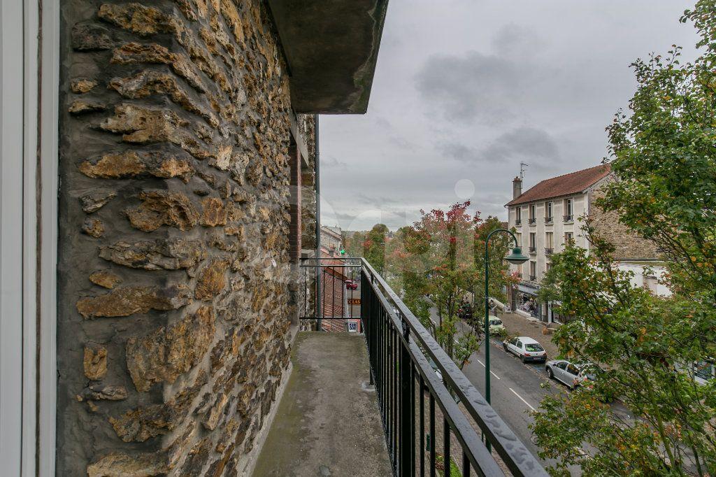 Appartement à louer 3 55.47m2 à Vaires-sur-Marne vignette-6