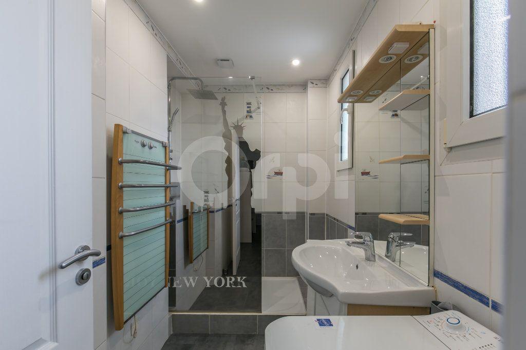Appartement à louer 3 55.47m2 à Vaires-sur-Marne vignette-9
