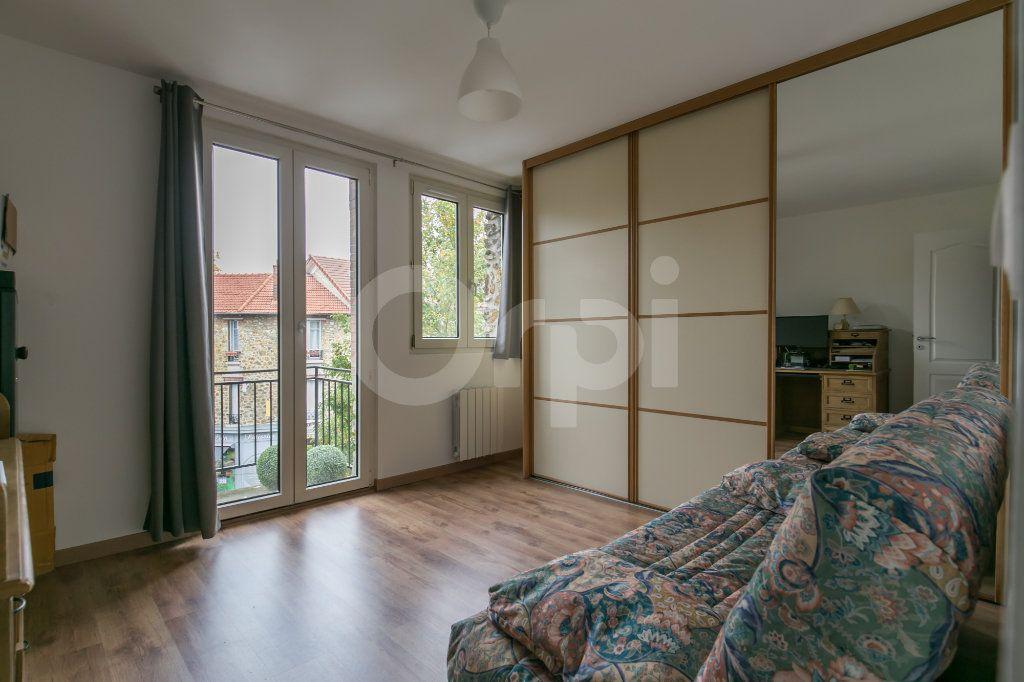 Appartement à louer 3 55.47m2 à Vaires-sur-Marne vignette-12