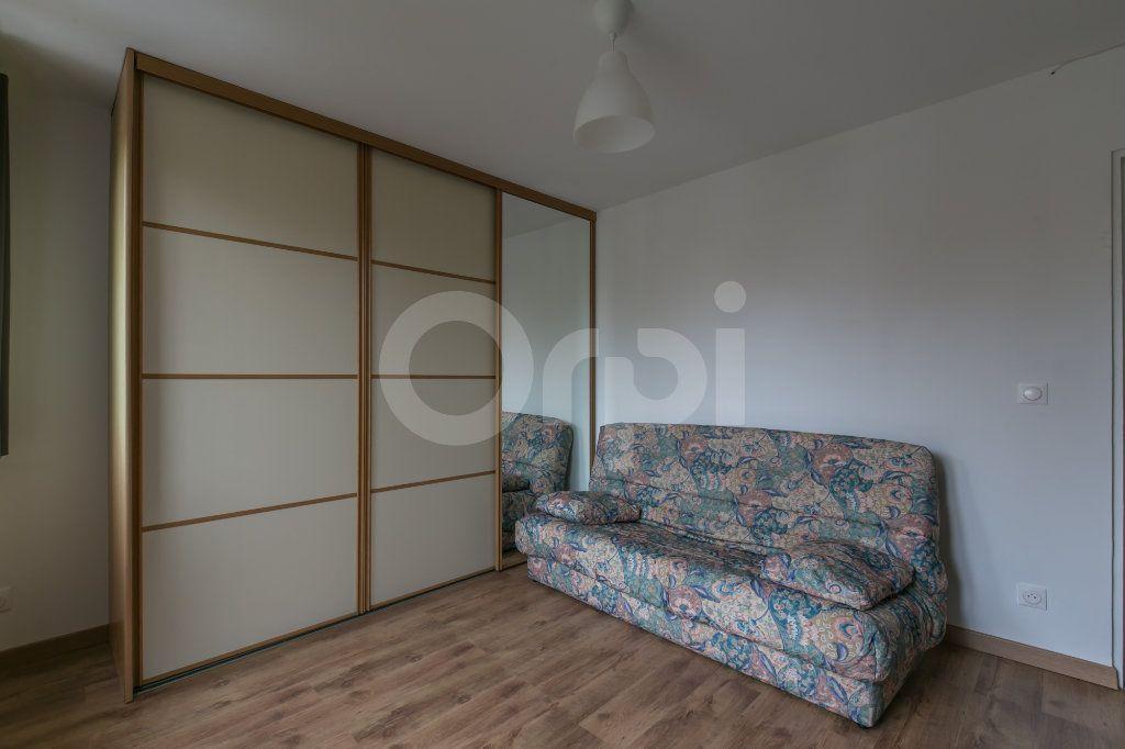 Appartement à louer 3 55.47m2 à Vaires-sur-Marne vignette-13