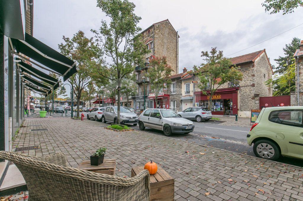 Appartement à louer 3 55.47m2 à Vaires-sur-Marne vignette-15