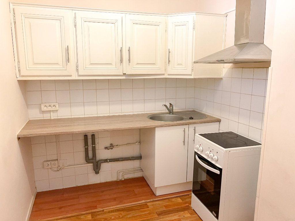 Appartement à louer 2 46m2 à Toulouse vignette-4