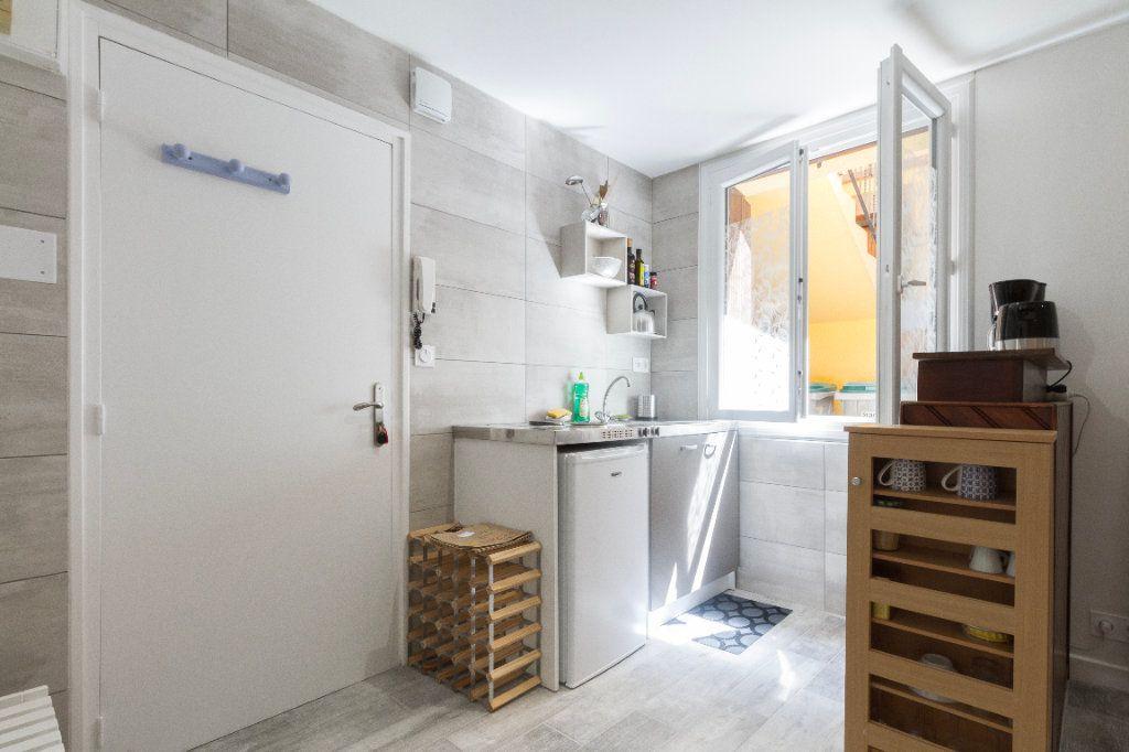 Appartement à louer 1 23m2 à Toulouse vignette-7