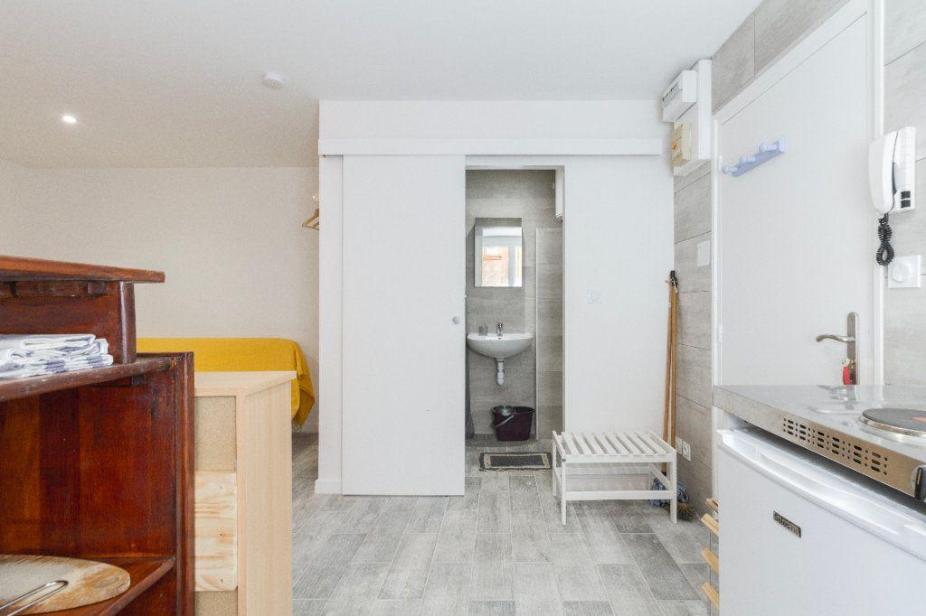 Appartement à louer 1 23m2 à Toulouse vignette-8