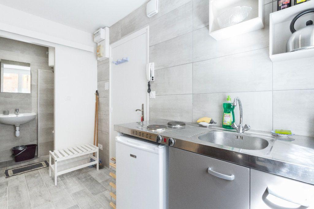 Appartement à louer 1 23m2 à Toulouse vignette-9