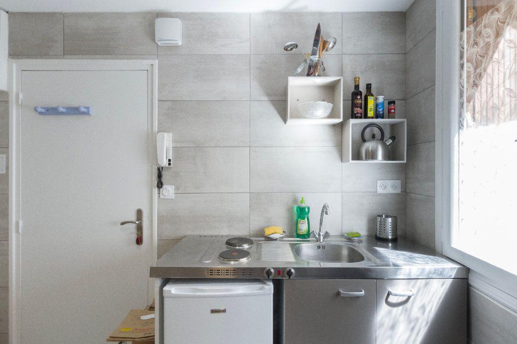 Appartement à louer 1 23m2 à Toulouse vignette-10