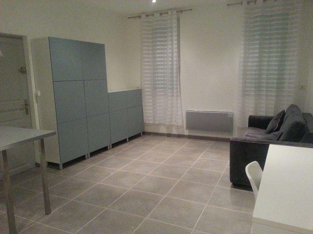 Appartement à louer 1 27m2 à Toulouse vignette-4