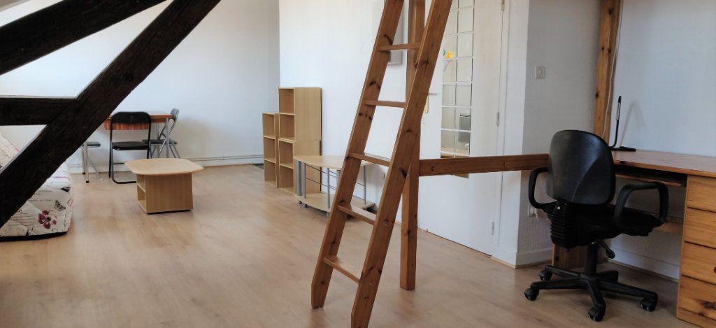 Appartement à louer 1 29.5m2 à Toulouse vignette-2