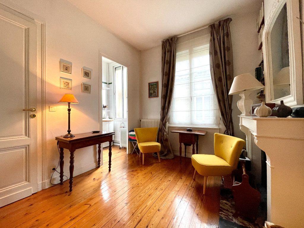 Appartement à vendre 4 115m2 à Bordeaux vignette-7
