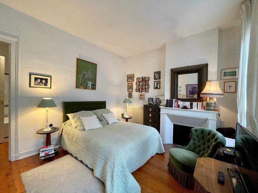 Appartement à vendre 4 115m2 à Bordeaux vignette-10