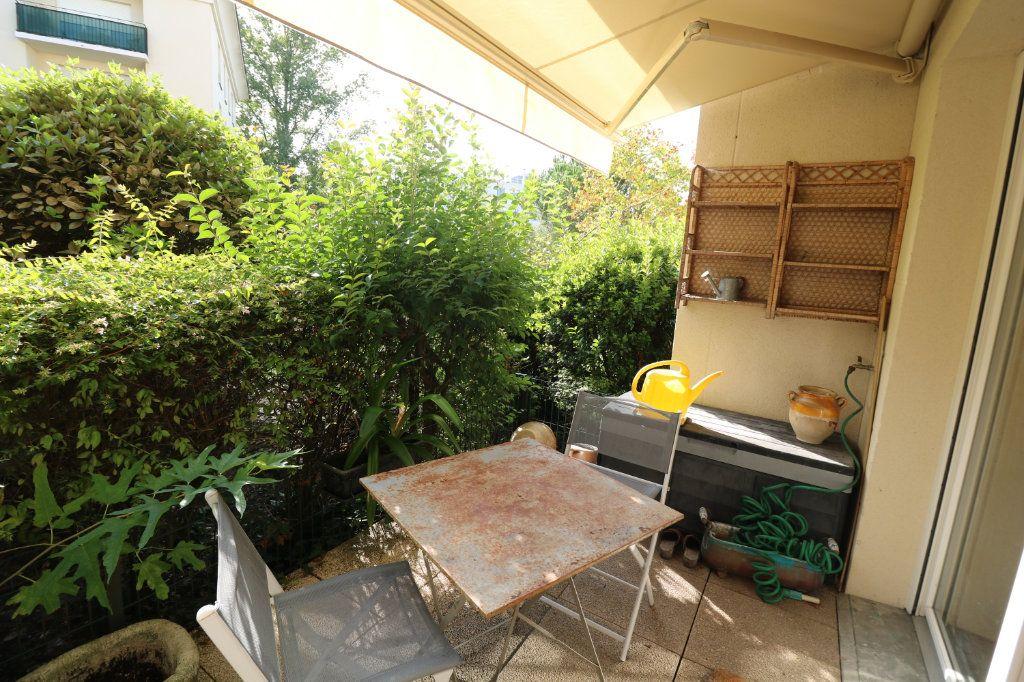 Appartement à vendre 3 63m2 à Bordeaux vignette-3