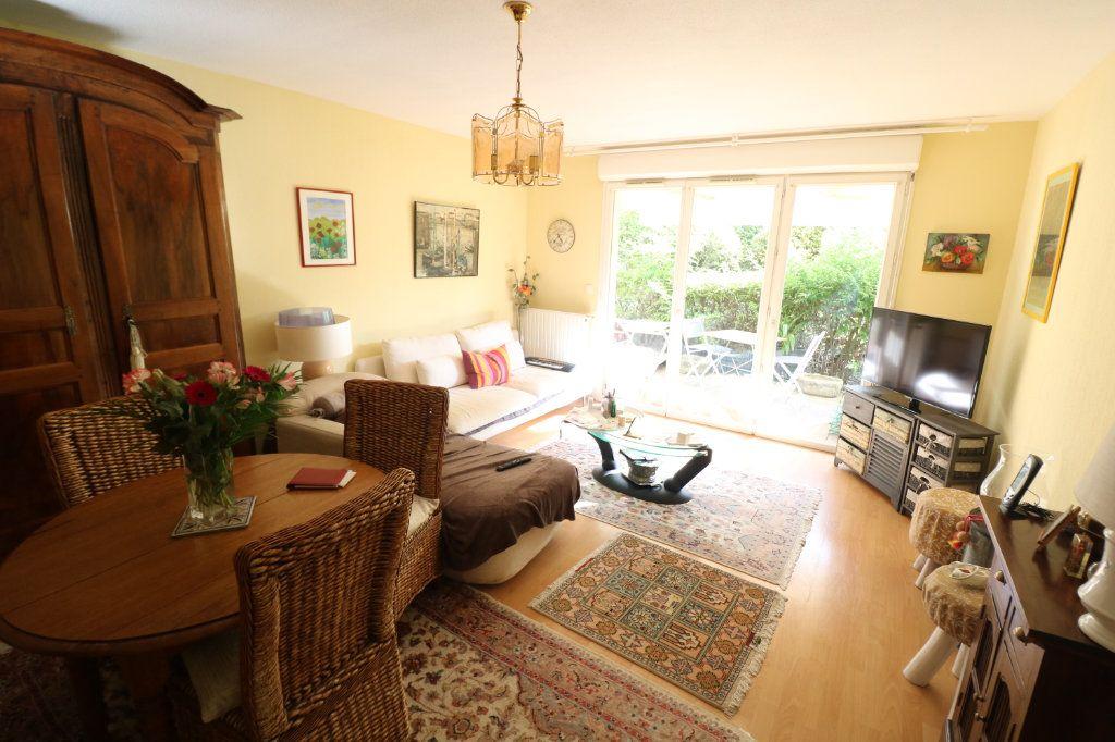 Appartement à vendre 3 63m2 à Bordeaux vignette-4
