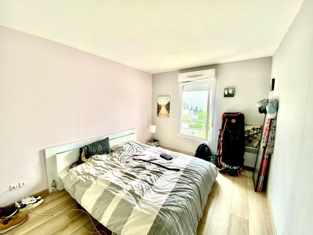 Appartement à vendre 3 55m2 à Bordeaux vignette-3